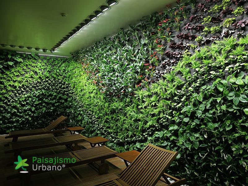 img-jardin-vertical-hotel-castell-son-claret-mallorca-12