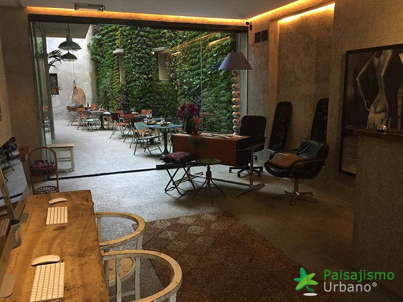 img-jardin-vertical-hotel-kook-tarifa-14