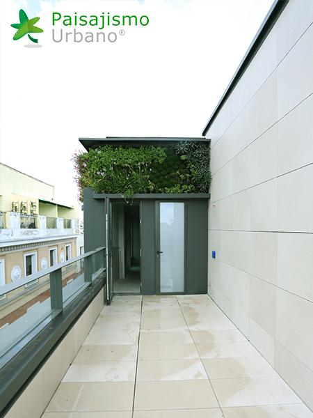 img-jardin-vertical-calle-montera-madrid-18