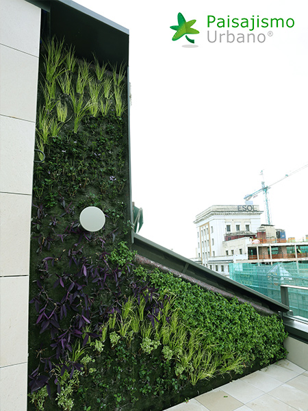 img-jardin-vertical-calle-montera-madrid-20