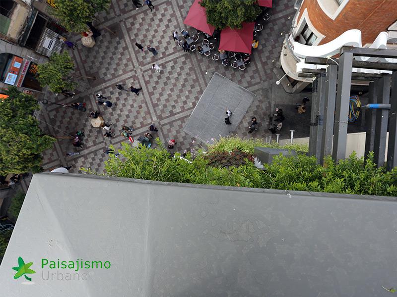 img-jardin-vertical-calle-montera-madrid-22