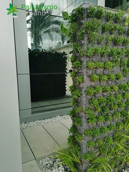 img-jardin-vertical-grupo-marjal-guardamar-alicante-10