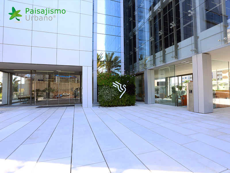 img-jardin-vertical-grupo-marjal-guardamar-alicante-11