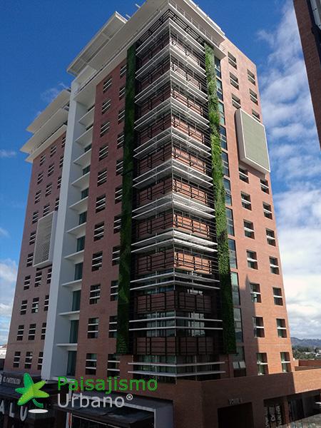 img-jardines-verticales-guatemala-edificio-crece-7