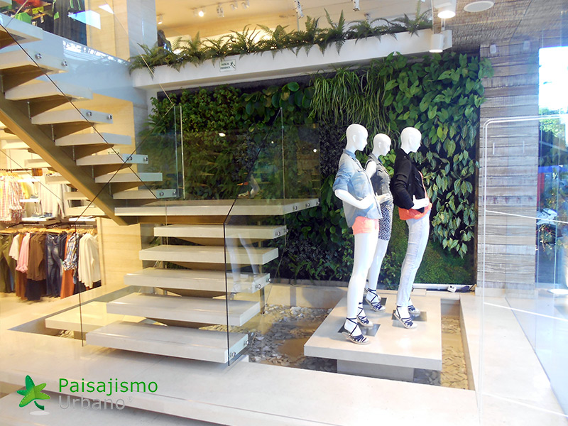 img-jardin-vertical-almacen-seven-seven-cali-colombia-4