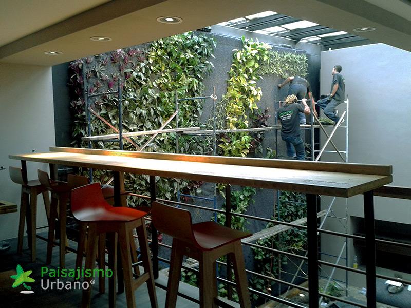 img-jardin-vertical-cafeteria-jan-valdez-bogota-colombia-3