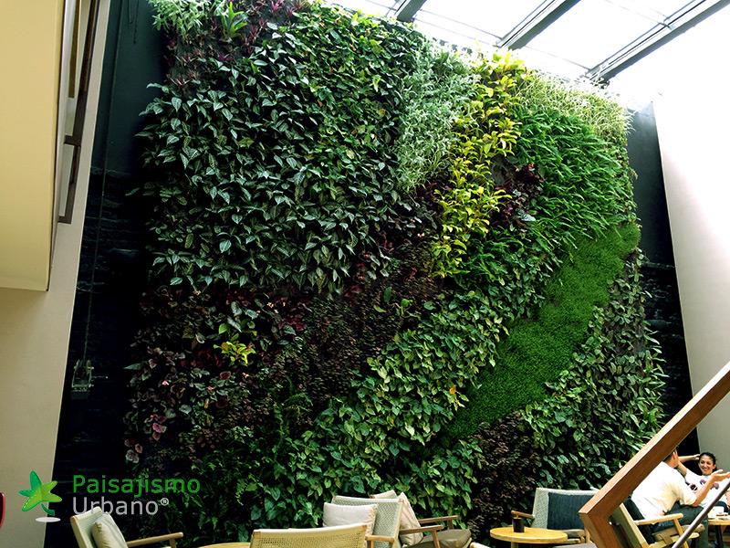 img-jardin-vertical-cafeteria-jan-valdez-bogota-colombia-4