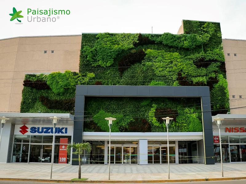 img-jardin-vertical-centro-comercial-las-brisas-bolivia-14