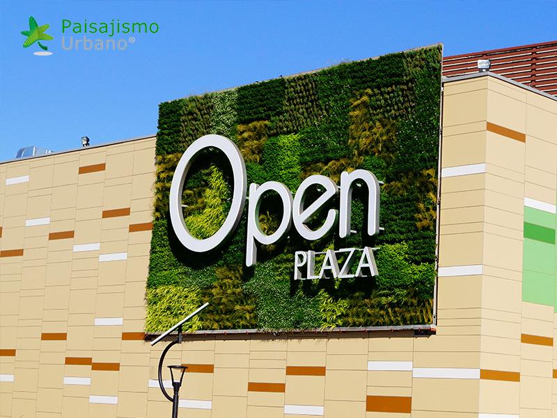 img-jardin-vertical-centro-comercial-open-plaza-chile-14