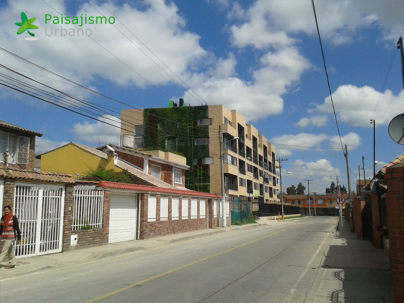 img-jardin-vertical-ecohouse-colombia-10