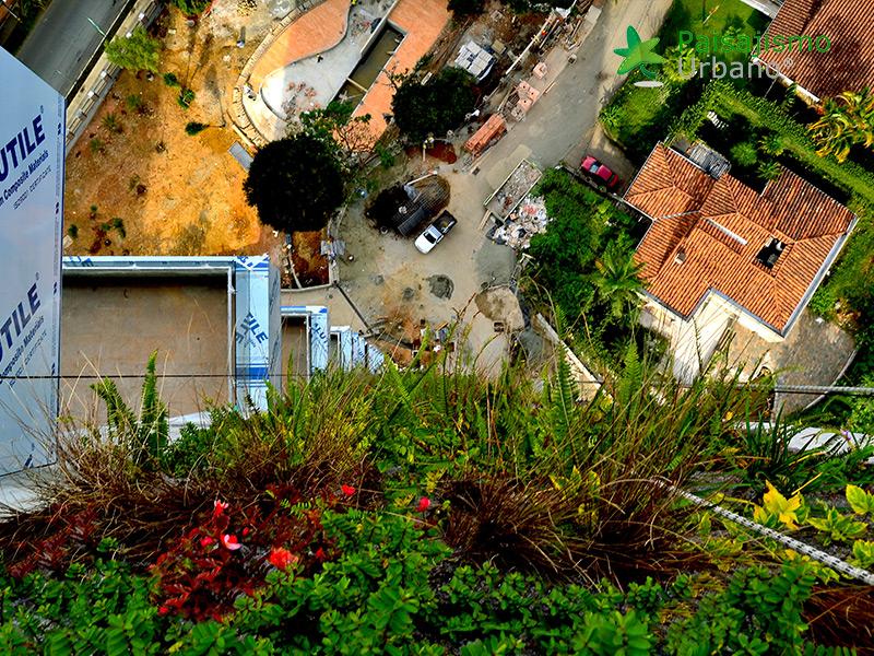 img-jardin-vertical-edificio-green-ecosistema-vertical-medellin-colombia-7