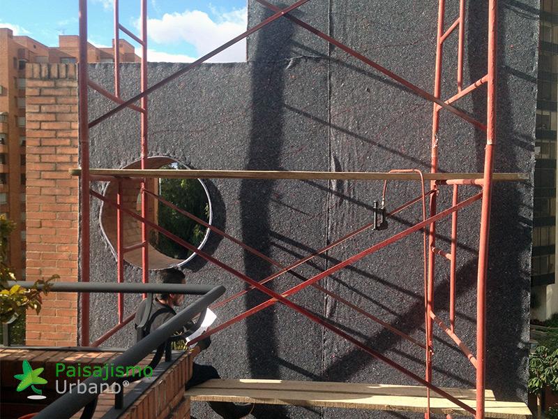 img-jardin-vertical-edificio-privado-apartamentos-colombia-3