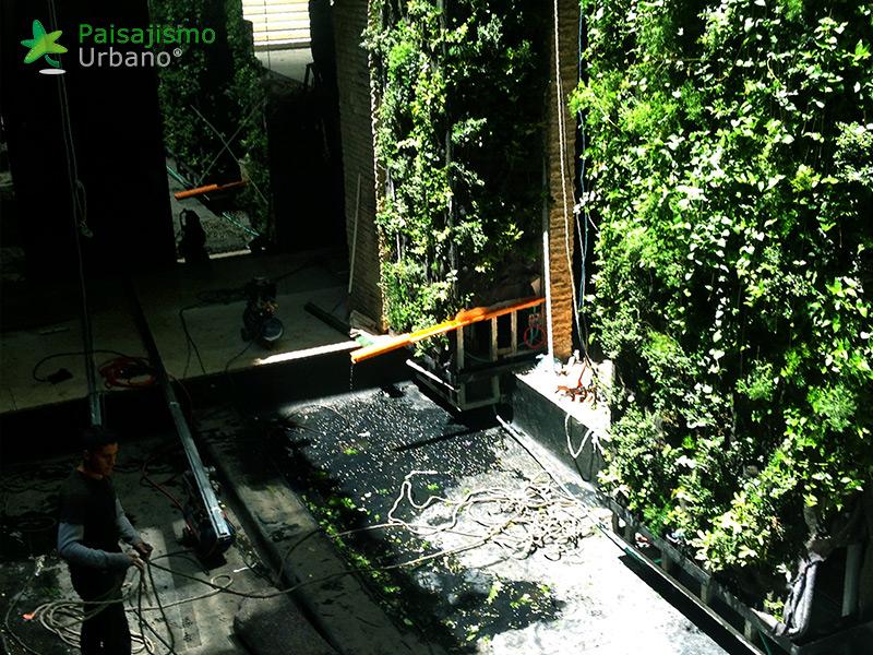img-jardin-vertical-edificio-santalaia-bogota-11