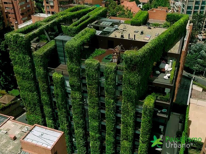 img-jardin-vertical-edificio-santalaia-bogota-19