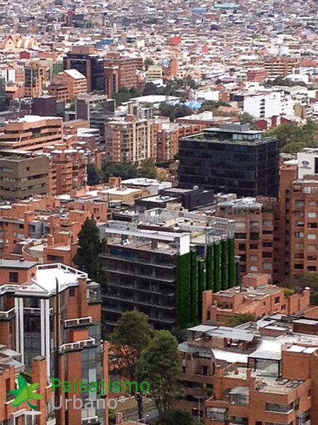 img-jardin-vertical-edificio-santalaia-bogota-20