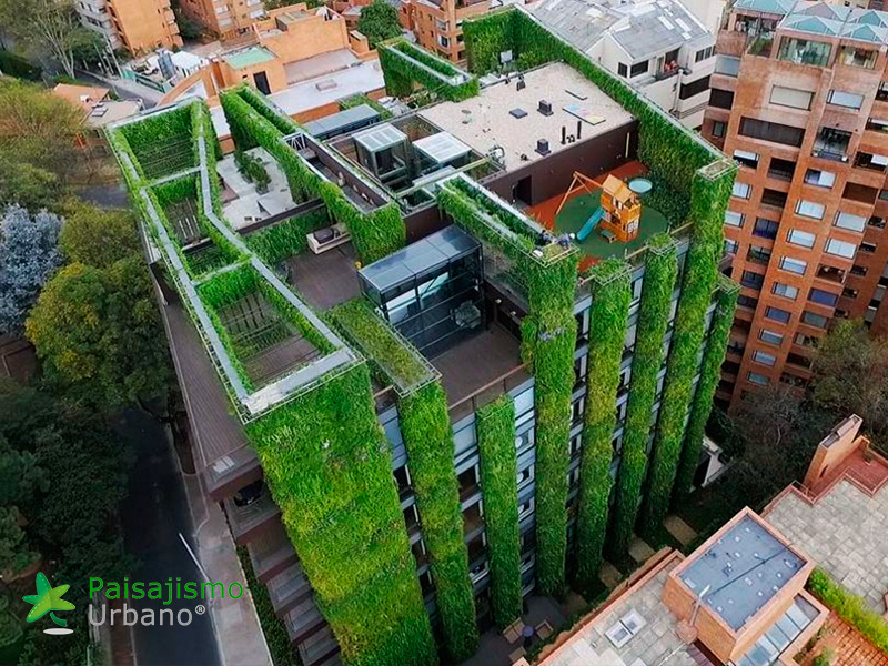 img-jardin-vertical-edificio-santalaia-bogota-21