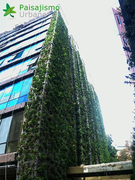img-jardin-vertical-edificio-santalaia-bogota-6