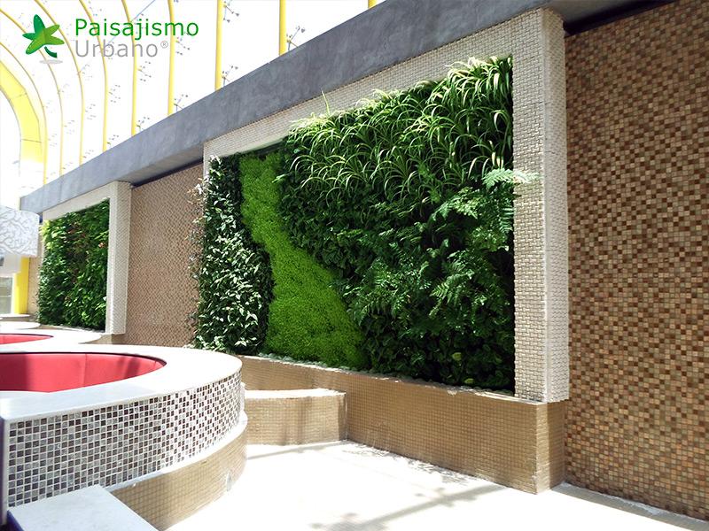 img-jardin-vertical-heladeria-globos-bolivia-7