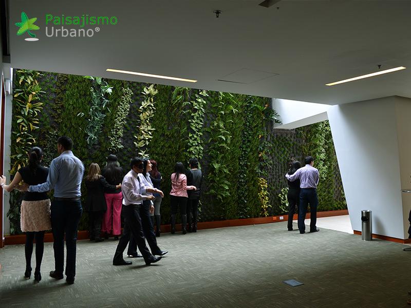 img-jardin-vertical-hotel-cosmos-100-colombia-8