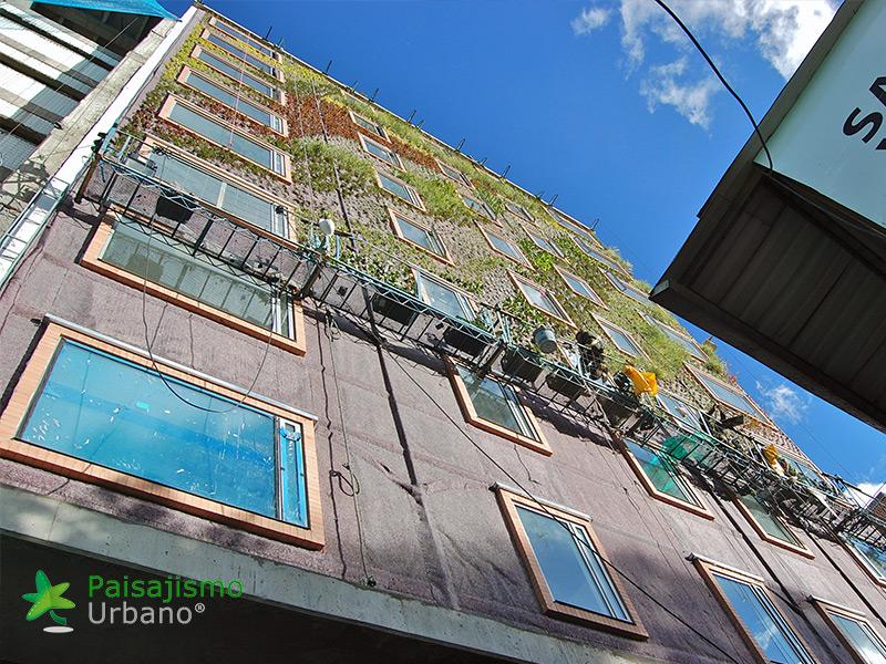 img-jardin-vertical-hotel-gaia-b3-bogota-11