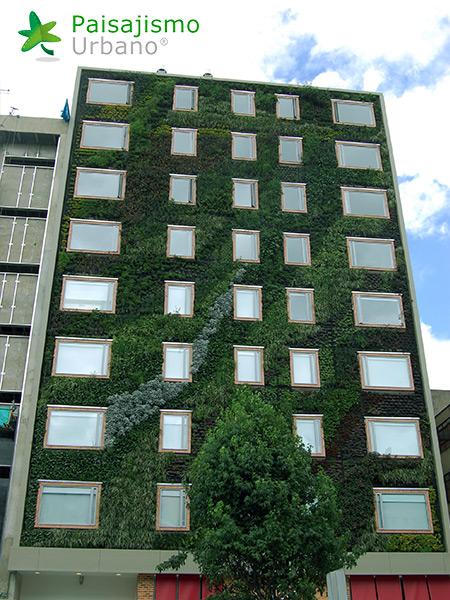 img-jardin-vertical-hotel-gaia-b3-bogota-12