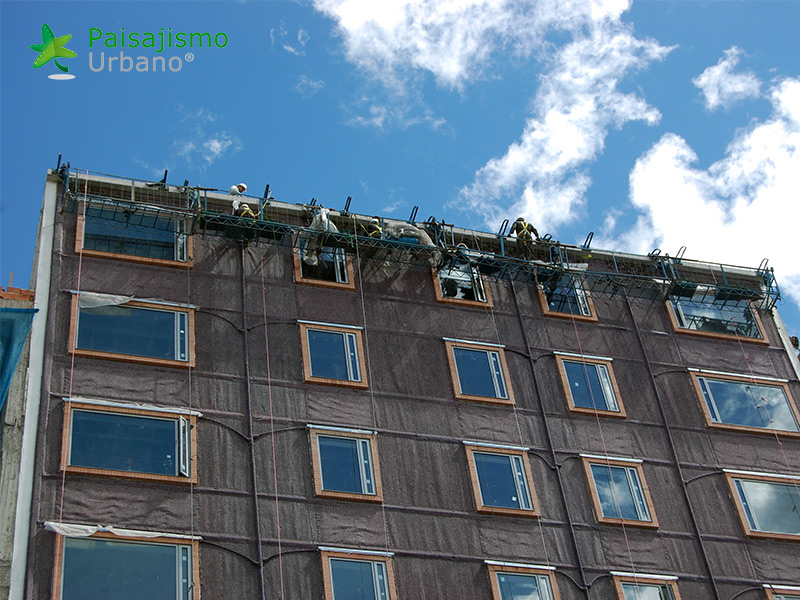 img-jardin-vertical-hotel-gaia-b3-bogota-3