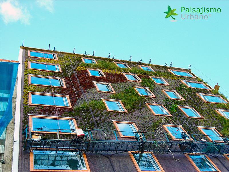 img-jardin-vertical-hotel-gaia-b3-bogota-8