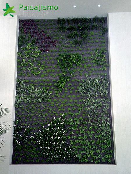 img-jardin-vertical-hotel-sani-dunes-grecia-13