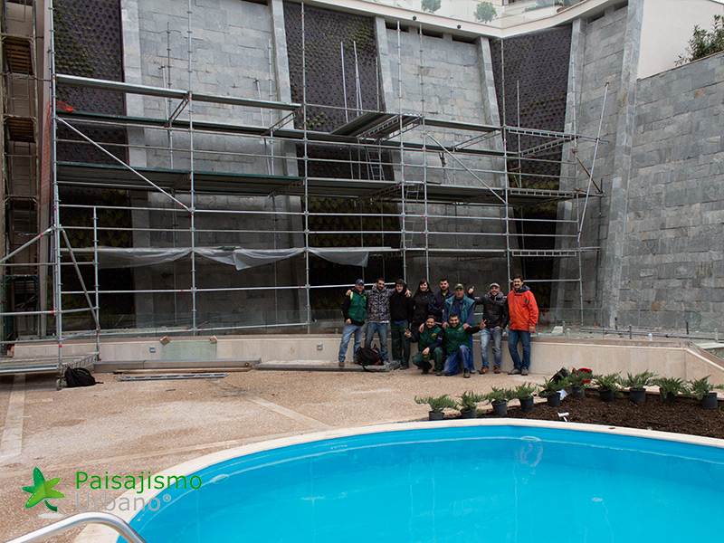 img-jardin-vertical-ikos-oceania-club-grecia-17
