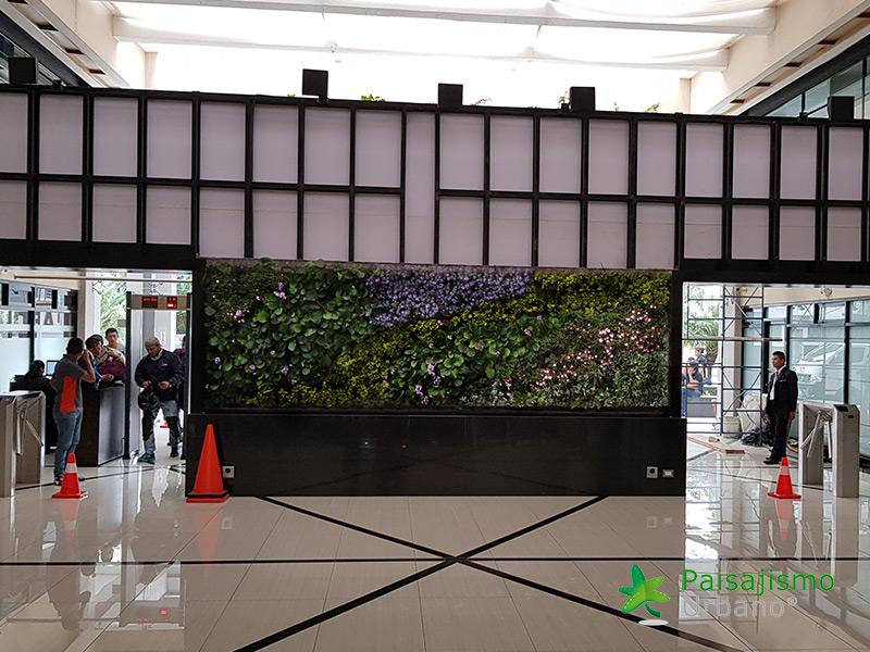 img-jardin-vertical-interior-guatemala-centro-empresarial-13