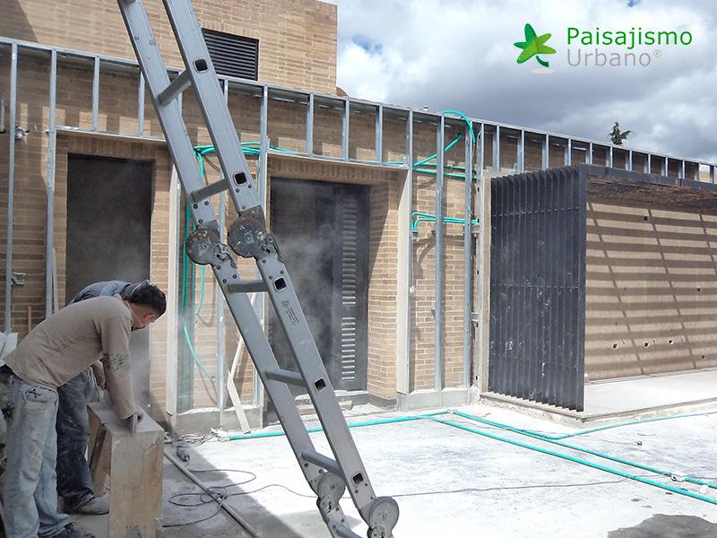img-jardin-vertical-residencia-privada-bogota-colombia-1