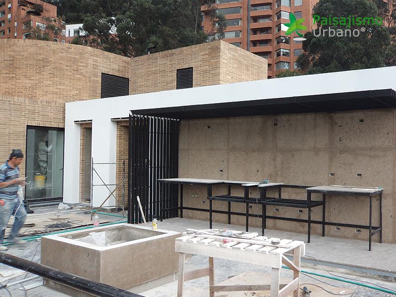 img-jardin-vertical-residencia-privada-bogota-colombia-3
