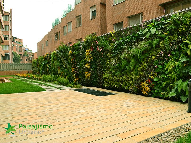img-jardin-vertical-residencial-5