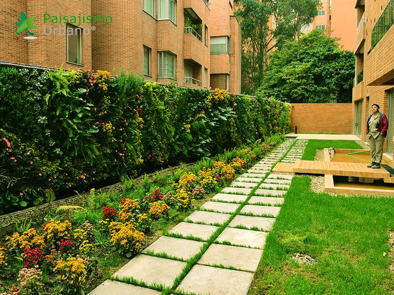 img-jardin-vertical-residencial-6