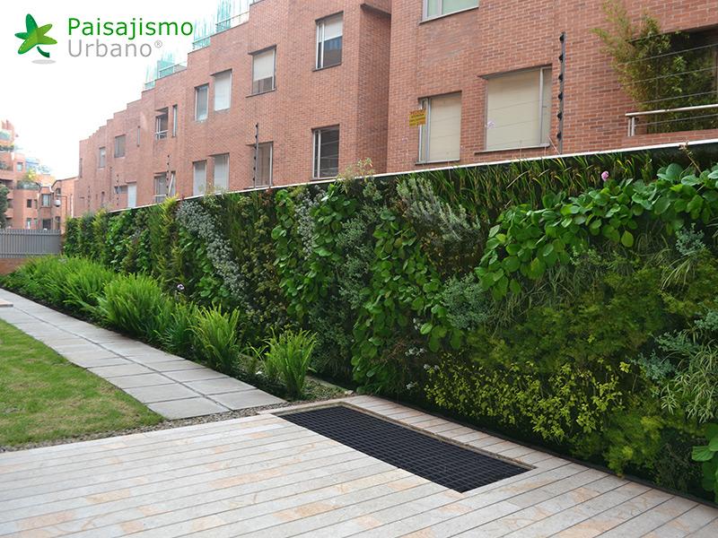 img-jardin-vertical-residencial-7