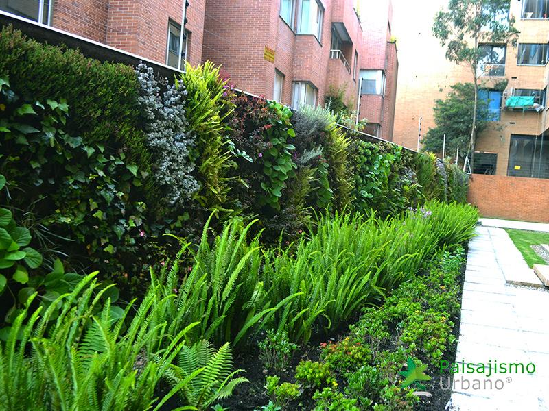 img-jardin-vertical-residencial-8