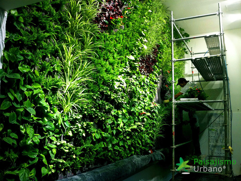 img-jardin-vertical-restaurante-cheesebar-madrid-10