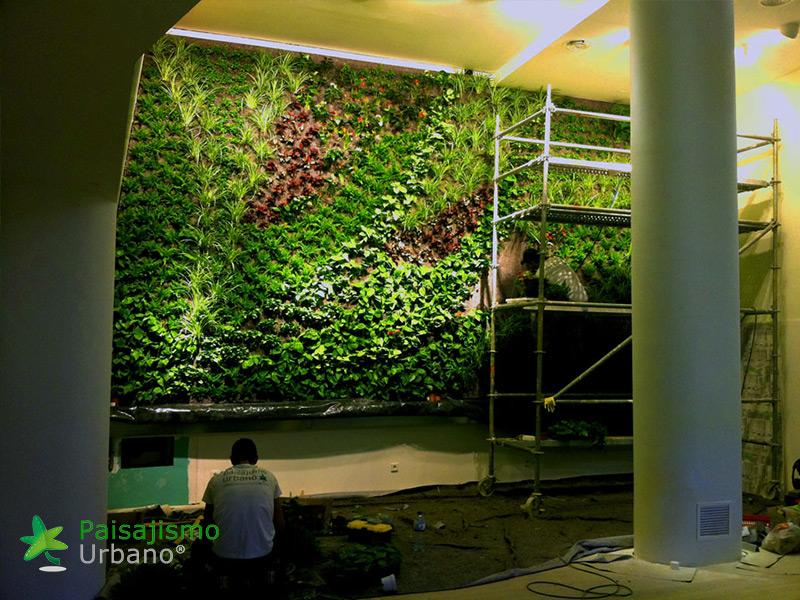 img-jardin-vertical-restaurante-cheesebar-madrid-11