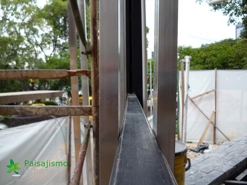 img-jardin-vertical-restaurante-j-c-delicias-medellin-colombia-2