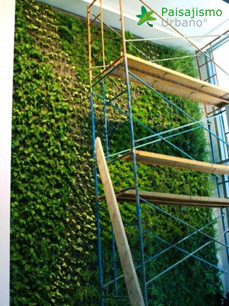 img-jardin-vertical-villa-lujo-ibiza-11