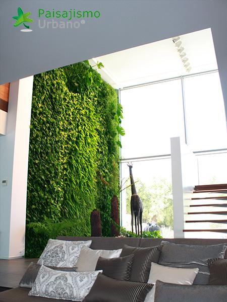 img-jardin-vertical-villa-lujo-ibiza-12
