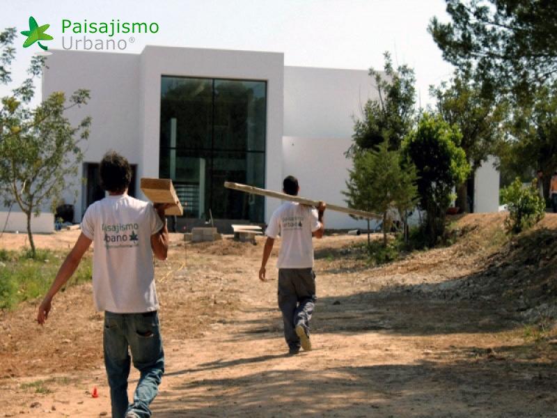 img-jardin-vertical-villa-lujo-ibiza-2