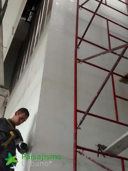img-jardines-verticales-alameda-colombia-4