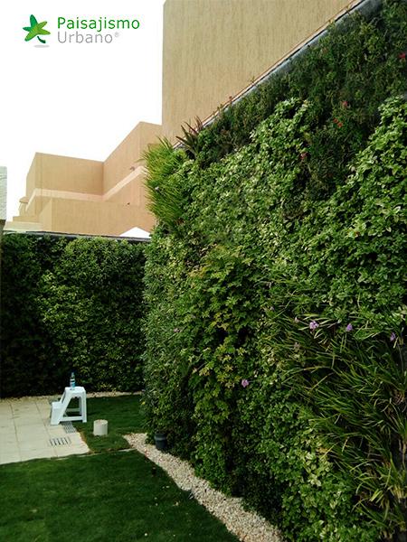 img-jardines-verticales-arabia-residencia-privada-19