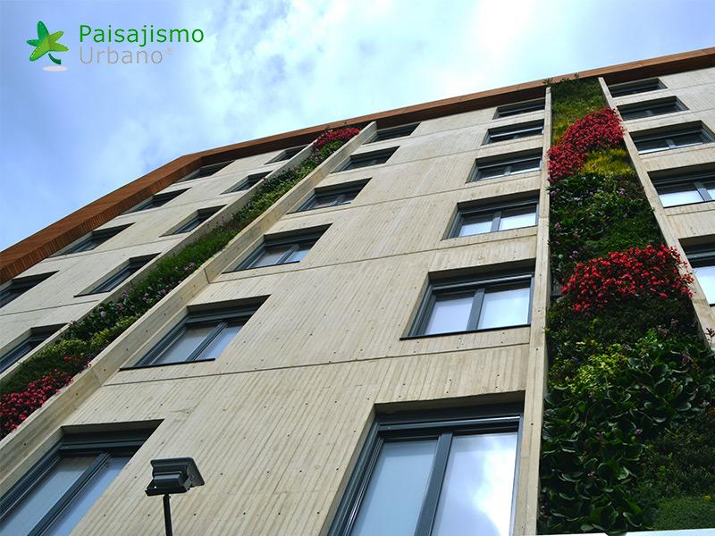 img-jardines-verticales-biohotel-colombia-7