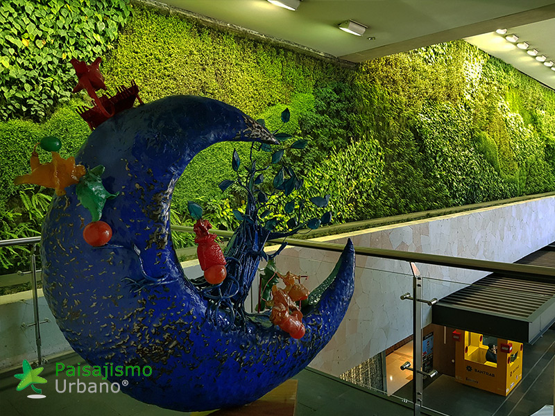 img-jardines-verticales-centro-comercial-oackland-mall-guatemala-12