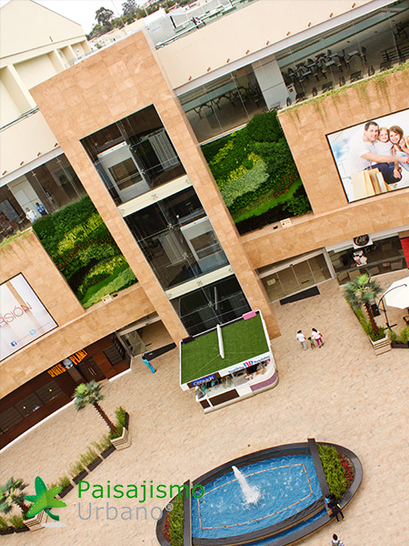 img-jardines-verticales-centro-comercial-quito-ecuador-20