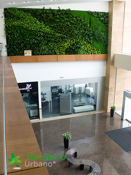 img-jardines-verticales-centro-comercial-quito-ecuador-26