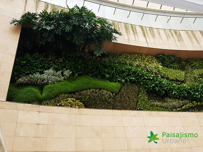 img-jardines-verticales-centro-comercial-quito-ecuador-27