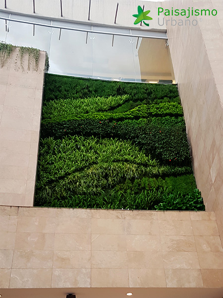 img-jardines-verticales-centro-comercial-quito-ecuador-32